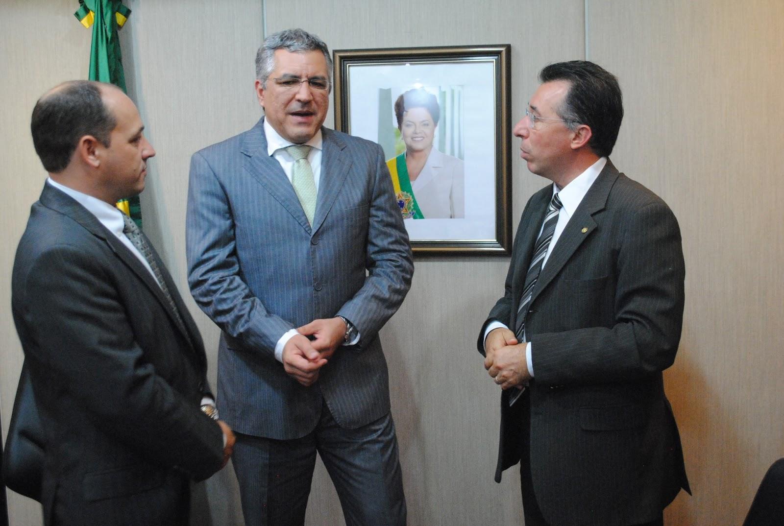 20130410_Ministro Padilha em Brasília