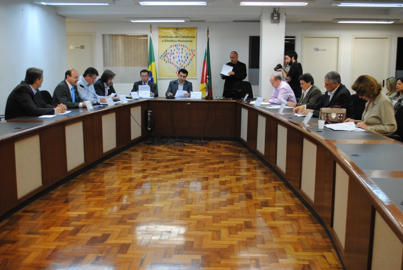 A moção de repúdio à redução da maioridade penal foi votada na Comissão de Cidadania e Direitos Humanos da Assembleia Legislativa