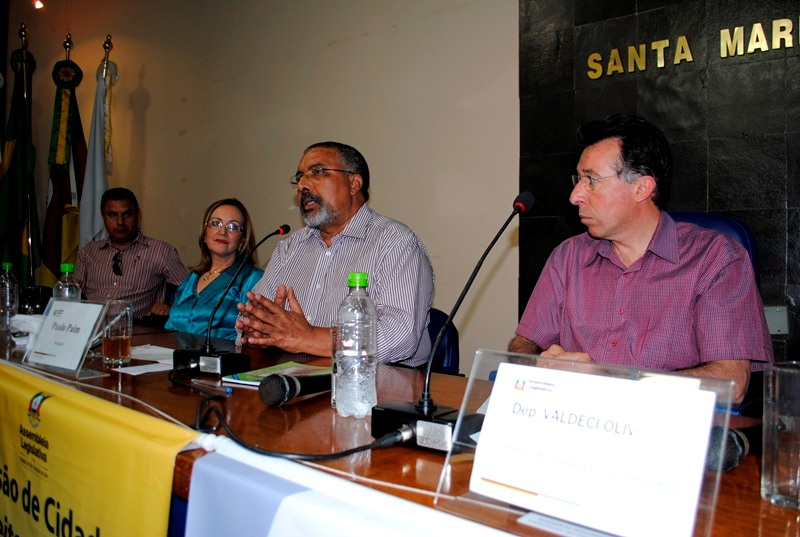 Audiência com Paim na Câmara Municipal de Santa Maria