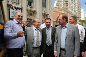 Prefeito, governador, deputado Valdeci e diretor da Seduc, Antônio Marangon