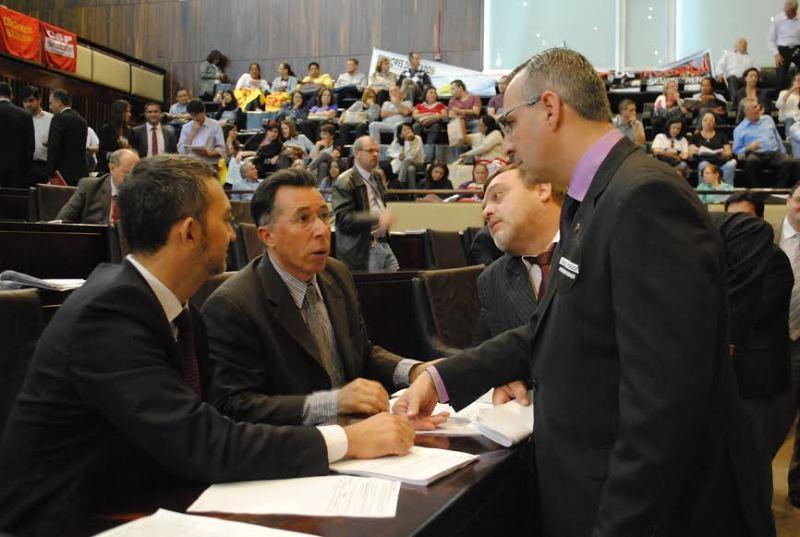 Com o colega deputado Jorge Pozzobom (PSDB) pela defesa do PLC 155