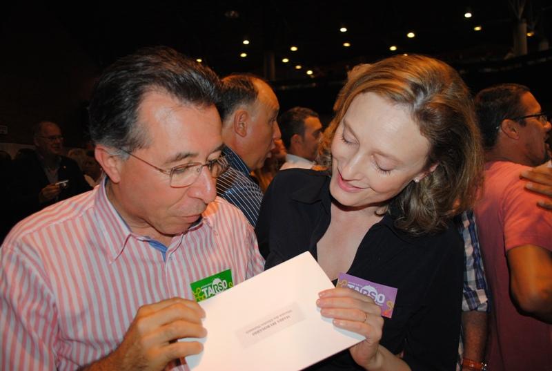 Apoio da ministra dos Direitos Humanos, Maria do Rosário