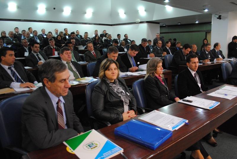 Vereadores de 11 municípios integram a Marcha.