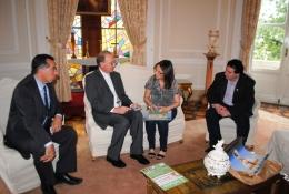 Valdeci com Dom Hélio, Padre Sílvio e Mari Perusso no Palácio Piratini