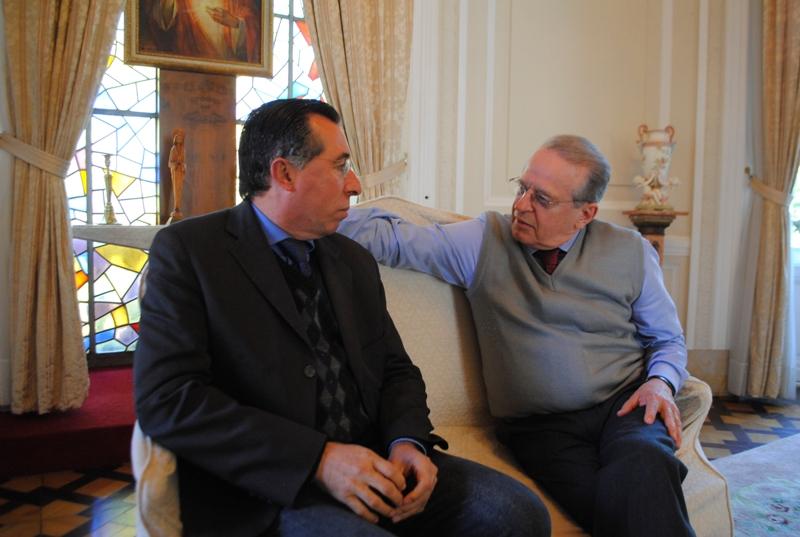 Valdeci com o governador Tarso no Palácio Piratini