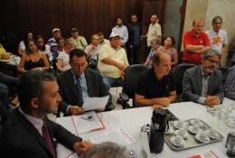 Bancada do PT recebeu representantes das centrais sindicais