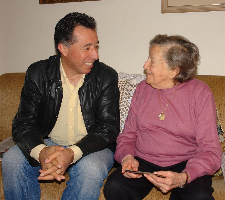 Em 2010, Valdeci e Elly Genro encontraram-se em Porto Alegre
