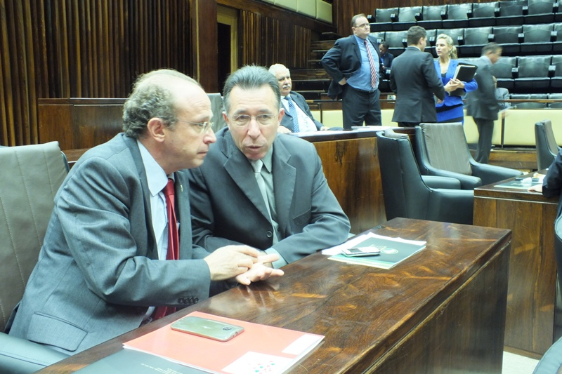Deputados Valdeci e Villaverde são contra flexibilização da Lei Kiss