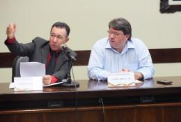 Valdeci pede explicação da Secretaria da Educação sobre concurso