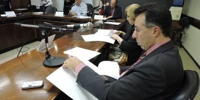 Valdeci é membro titular da Comissão de Educação da Assembleia
