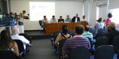 Valdeci coordenou reunião no Hospital Universitário