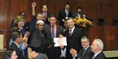 Nei D´Ogum recebe Prêmio Zumbi dos Palmares
