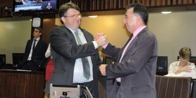 Tortelli e Valdeci foram empossados como presidente e vice, respectivamente, da Comissão de Saúde e Meio Ambiente da Assembleia Legislativa.