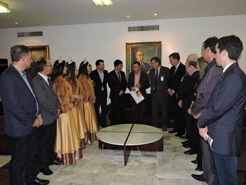Comitiva de São Luiz Gonzaga é recebida na Assembleia Legislativa